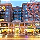 Lothlorien Apartments - Seattle, WA 98105