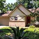 Gorgeous 3/2 Home in Kingwood - Kingwood, TX 77339
