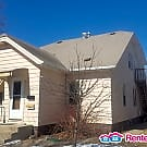 Great 2 Bedroom Studio in upper duplex, FREE... - Saint Cloud, MN 56301