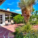 Sophisticated Mid-Centery Modern 3+ Bedroom Oas... - Albuquerque, NM 87106