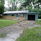 Adorable 2 Bed / 1.5 Bath House for Rent with Att - Indianapolis, IN 46214