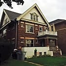 3 bedroom Upper Duplex near UWM Campus - Milwaukee, WI 53211