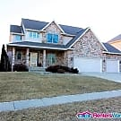Stunning 4 Bed, 4.5 Bath Johnston Home - Johnston, IA 50131
