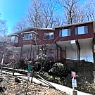 Immaculately furnished home in Asheville - Asheville, NC 28805