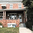 Cosy Baltimore Row home! 2 bed 1bath - Baltimore, MD 21213
