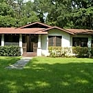 Vintage 3BR Home ~ Fenced Yard ~ Washer/Dryer H... - Gainesville, FL 32607
