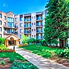 Elm Creek Apartments and Townhomes - Elmhurst, IL 60126