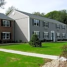 Village View Apartments - Deep River, CT 06417