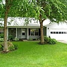 Single Level living in a quiet community settin... - Hendersonville, NC 28791
