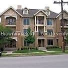 Stunning 2 bedroom condo in the heart of West End - Nashville, TN 37203