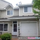 Fantastic 2 bedroom townhome 7/1 - Woodbury, MN 55125