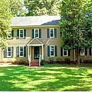 Beautiful 5 Bed and 2.5 Bath House in Midlothian. - Midlothian, VA 23114