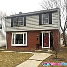 Beautiful Cooper Park 3 Bdrm 2 level - Milwaukee, WI 53222