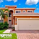 8822 SW 209th Ter - Miami, FL 33189