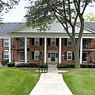 Glens Of Bloomfield Apartments And Townhomes - Bloomfield Hills, Michigan 48301