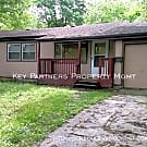 6003 N Tracy - Cute 3 Bedroom Ranch! - Kansas City, MO 64118
