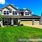 Stonemill Farms 3515 sq. ft. 4BED/2BATH Home - Woodbury, MN 55129