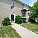 The Apartments at Oakbrook Court - Bloomington, IL 61704