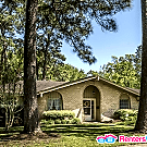 NEWLY LISTED! Large 4 Bedroom In Dickinson - Dickinson, TX 77539
