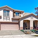 Lovely 2 story upgraded home w/abundant amenities - Windsor, CA 95492