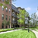 Apartments at the Yard: Baldwin, Porter, Pullman Buildings - Columbus, Ohio 43212