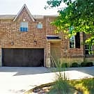 Attractive 3/2/2 Townhome Located in Grand Prairie - Grand Prairie, TX 75052