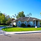 Gorgeous 3 Bedroom Home in CALDWELL~ Maintenance F - Caldwell, ID 83605