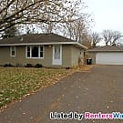 Very Nice 3BD/2BA Home In Coon Rapids!!! - Coon Rapids, MN 55448