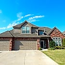 Great Family Home in Broken Arrow - Broken Arrow, OK 74012