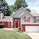 Wonderful Tri-level 3 BR/2 BA Traditional Home in - Acworth, GA 30102