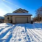 Huge 6BD, 3 BA Home with City, Inlet, & MTN Views! - Eagle River, AK 99577