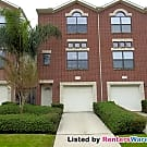 SPACIOUS TOWNHOME 2 BED 2 BATH 2 CAR GARAGE - Houston, TX 77025
