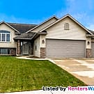 Stunning 4bd/3ba single family home in Rochester! - Rochester, MN 55906