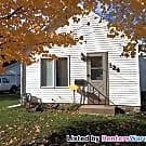2 Bedroom 1 Bath Home with LARGE garage! - Faribault, MN 55021