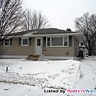 Great 3bd/1ba single family home in Rochester! - Rochester, MN 55901