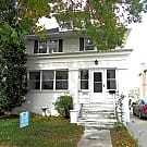 Studio walking distance from Mayo! Utilities... - Rochester, MN 55902