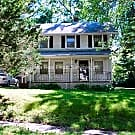 4 BDRM 2 BATH TWO STORY HOME IN WESTERN INDEPENDE - Independence, MO 64052