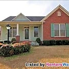 Perfect 3BR/2Bth Convenient to Ft. Campbell - Clarksville, TN 37043