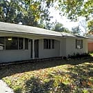 4 bedroom house off Perkins near Siegen - Baton Rouge, LA 70810