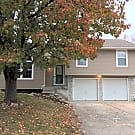 1/2 OFF 2nd Month Newly Renovated in Raymore MO! - Raymore, MO 64083