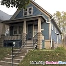 Beautiful 3 Bedroom 1 Bath Milwaukee Home for Rent - Milwaukee, WI 53208