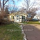 Cozy 2 bedroom/1 bath home in Columbia Heights - Columbia Heights, MN 55421