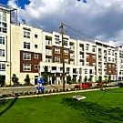 Vargos On The Lake Apartments and Townhomes - Houston, TX 77063
