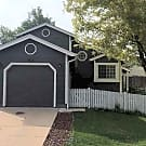 3 Bedroom 2 Bath House In Highlands Ranch $1800/Mo - Highlands Ranch, CO 80126