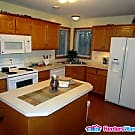 Well Maintained 4 Bedroom a Block from the Lake - Prior Lake, MN 55372