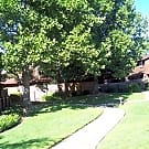 Round Oak Village - Vacaville, California 95687