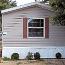 3 bedroom, 2 bath home available - Davenport, IA 52804