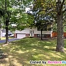 House with Fenced Yard - Andover - Andover, MN 55304