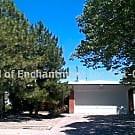 Spacious 3Br w/ major kitchen appliances, hardwood - Albuquerque, NM 87110