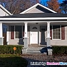 Adorable bungalow style home! - Norfolk, VA 23509